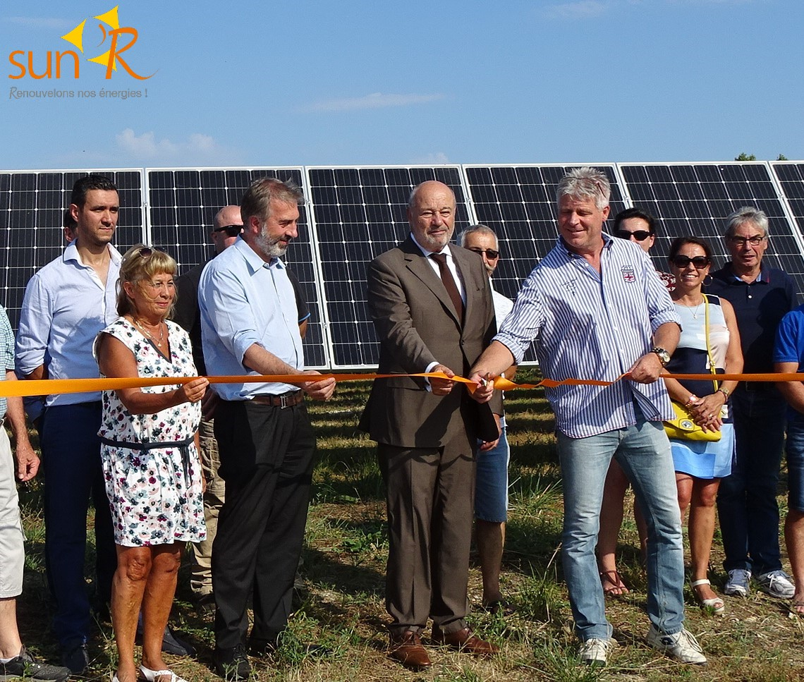 Coupe ruban inauguration Centrale Photovoltaique